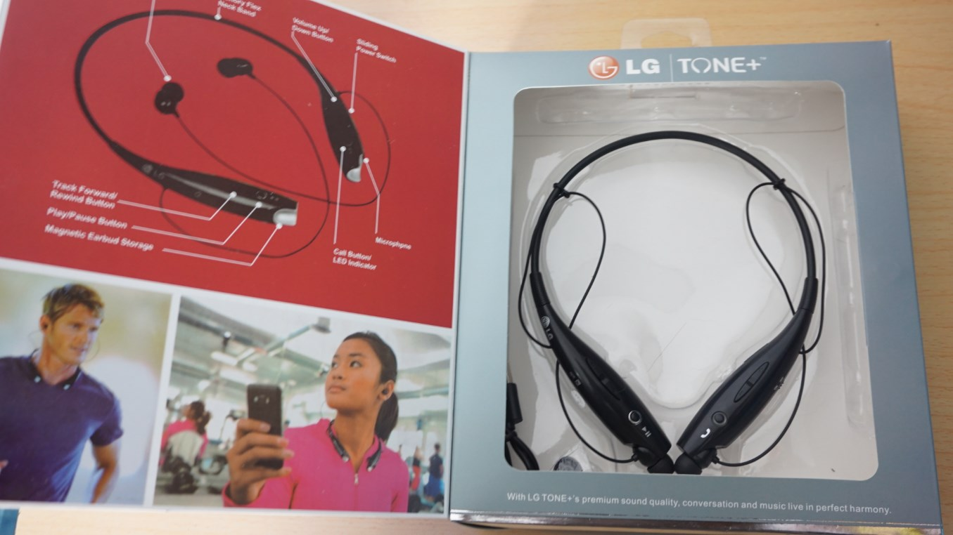 LG Tone+ HBS-730 unboxed